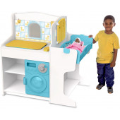 Melissa & Doug - Doll Care Play Center